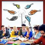 Концепция аферы прикормом Phishing рыбной ловли поглощенная приманкой Стоковая Фотография