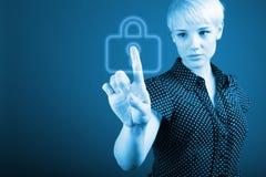 Концепция безопасностью - знак бизнес-леди и padlock Стоковые Изображения