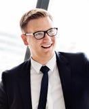 Концепция бизнесмена красивая умная усмехаясь стоковая фотография rf