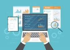Концепция бухгалтерии, анализа, проверки, финансового отчета Ревизовать процесс налога дополнительная форма дела предпосылки Руки Стоковые Фото