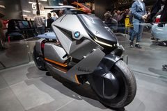 Концепция велосипеда связи BMW электрическая стоковое фото