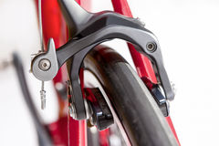 Концепция велосипеда Крупный план профессиональных передних тормозов Стоковое Фото