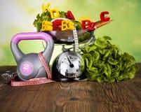 Концепция витамина фитнеса, свежий фрукт и овощ Стоковые Фото
