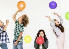 Концепция воздушного шара потехи игры детей Стоковое Изображение