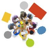 Концепция встречи метода мозгового штурма команды разнообразия дизайнерская работая Стоковые Фото