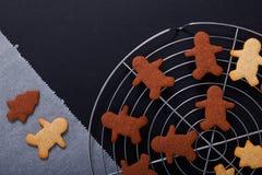 Концепция выпечки свежая печет домодельную органическую форму печений сахара масла различную стоковая фотография rf