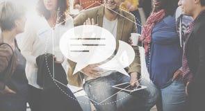 Концепция графика технологии общины обсуждения посыльного стоковые изображения rf