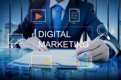 Концепция графика технологии средств массовой информации маркетинга цифров стоковое изображение rf