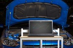 Концепция диагностики компьютера автомобиля стоковое фото rf