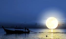 Концепция дня воссоединения семьи: Китайский традиционный фестиваль Средний-осени фестиваля стоковая фотография rf