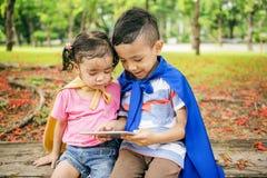 Концепция детей детей цифров образования малыша прелестная Стоковое фото RF