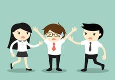 Концепция дела, бизнесмен пробуя остановить бой между 2 сотрудниками иллюстрация вектора