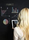 Концепция дела и финансов - усмехаясь бизнес-леди Стоковая Фотография RF