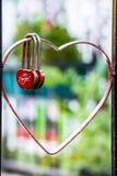 Концепция замка красного сердца форменная влюбленности Стоковое Изображение RF