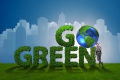 Концепция зеленого цвета идти экологическая с письмами Стоковое Фото
