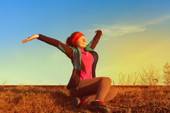 концепция здоровья разминки восхода солнца фитнеса женщины jogging Стоковое фото RF