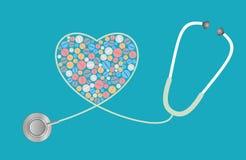 Концепция здравоохранения - пилюльки, стетоскоп Стоковое Фото