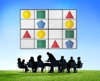 Концепция игр отдыха решения проблем головоломки Sudoku Стоковые Изображения RF