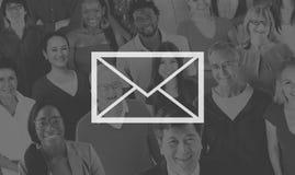 Концепция интернета послания почты электронной почты онлайн Стоковые Изображения RF
