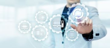Концепция интернета технологии дела подъема компьутерной программы программного обеспечения обновления стоковое фото