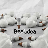 Концепция карандаша и электрической лампочки идеи чертежа творческая Стоковые Изображения