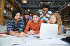 Концепция кафа офиса планирования творческих способностей идей работая Стоковое Изображение RF