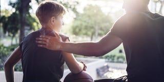 Концепция команды баскетболиста спортсмена тренируя Стоковое Фото