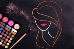 Концепция Контур женщины головной стоковое изображение rf