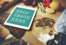 Концепция космоса экземпляра Vegan еды кухни таблетки цифров Стоковое Изображение RF
