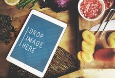 Концепция космоса экземпляра Vegan еды кухни таблетки цифров Стоковое Фото