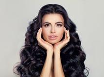 Концепция красоты и Skincare курорта Модель женщины курорта Стоковые Фото