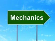 Концепция науки: Механики на предпосылке дорожного знака бесплатная иллюстрация