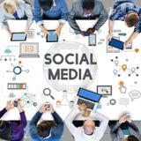 Концепция нововведения технологии сети социальных средств массовой информации социальная Стоковое Изображение RF