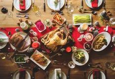 Концепция обеденного стола семьи рождества стоковые изображения rf