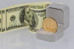 Концепция: обмен cryptocurrencies для реальных денег, turni стоковое изображение rf