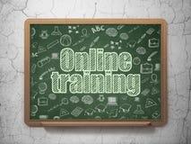 Концепция образования: Онлайн обучение на школьном правлении Стоковое фото RF