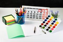 Концепция образования, первое -го сентябрь или назад к школы w Стоковые Фото