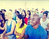 Концепция образования тренировки семинара команды подростка разнообразия Стоковое Изображение