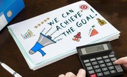 Концепция достижения цели проиллюстрированная на бумаге стоковое изображение rf