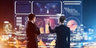Концепция партнерства и сотрудничества при люди используя виртуальный интерфейс Стоковое Изображение RF