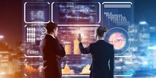 Концепция партнерства и сотрудничества при люди используя виртуальный интерфейс Стоковые Изображения