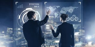 Концепция партнерства и сотрудничества с использованием людей виртуальным Стоковые Изображения RF