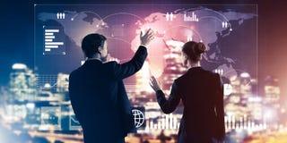 Концепция партнерства и сотрудничества с использованием людей виртуальным Стоковое Фото