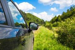 Концепция перемещения дороги отключения автомобиля лета Стоковое Изображение RF