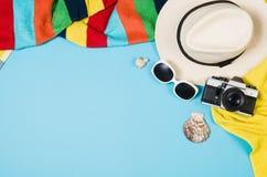 Концепция песчаного пляжа взгляд сверху Графическая предпосылка с космосом экземпляра Стоковые Фото