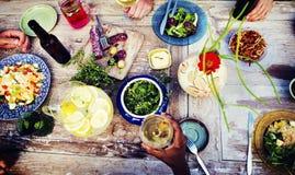 Концепция питья еды партии напитка еды стоковая фотография