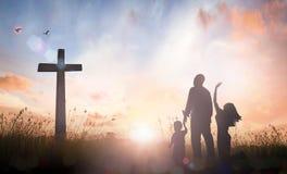 Концепция поклонению семьи Стоковые Фотографии RF