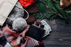 Концепция покупок рождества большое сбывание сезонная деревенская предпосылка Стоковая Фотография RF
