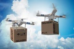 Концепция поставки трутня с коробкой в воздухе Стоковые Фото