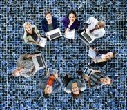 Концепция приборов цифров компьтер-книжки технологии глобальных связей Стоковая Фотография RF